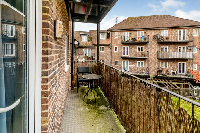 Balcony View of Freer Crescent, High Wycombe HP13