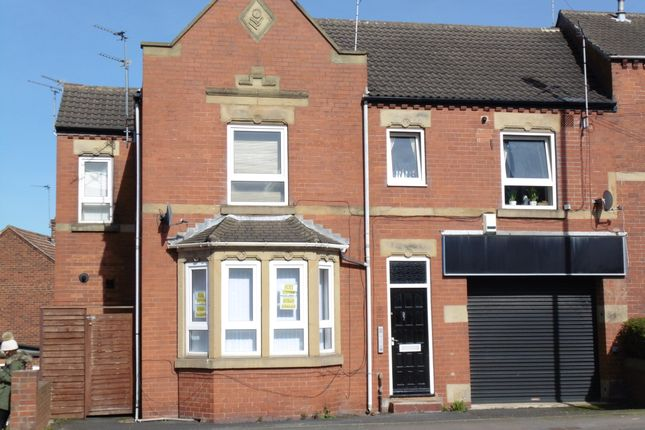 Thumbnail Flat to rent in 97 Kirkby Road, Hemsworth