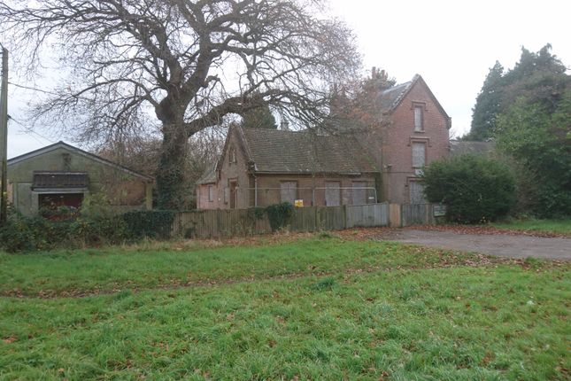 Thumbnail Leisure/hospitality for sale in The Common, Dunsfold