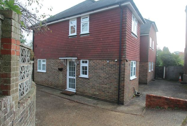 Image: 3 of Angle Place, Sparrows Green, Wadhurst TN5