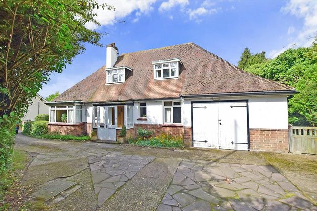 Thumbnail Detached house for sale in Istead Rise, Istead Rise, Kent