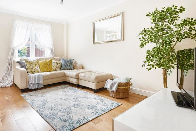 Thumbnail Semi-detached house for sale in Francis Close, London