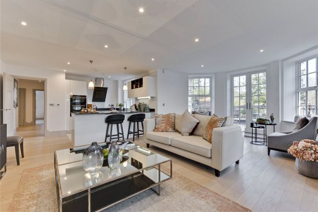 Thumbnail Flat for sale in Ridgewood, Brooklands Road, Weybridge, Surrey
