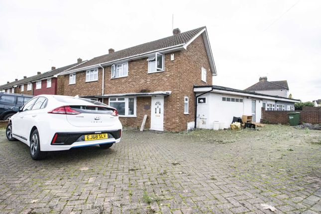 Thumbnail Terraced house to rent in Mungo Park Road, South Hornchurch