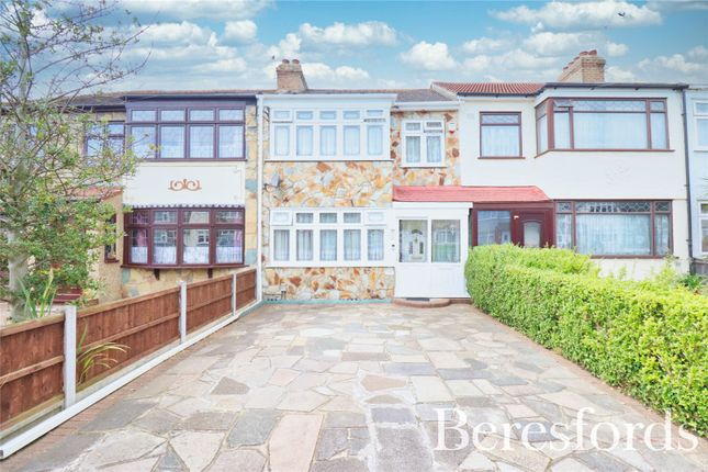 Thumbnail Terraced house for sale in Laburnum Avenue, Hornchurch