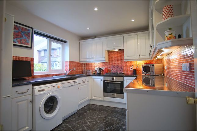 Thumbnail Detached house to rent in Reedham Drive, Purley