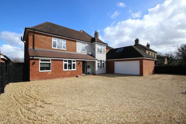 Thumbnail Detached house for sale in Luton Road, Wilstead, Bedford