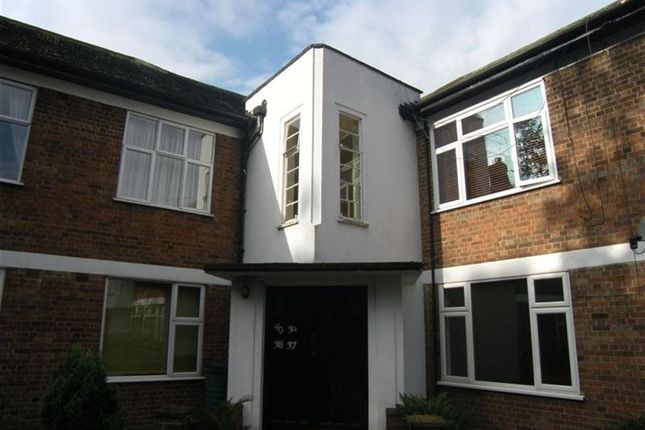 Thumbnail Flat to rent in Corbets Tey Road, Upminster