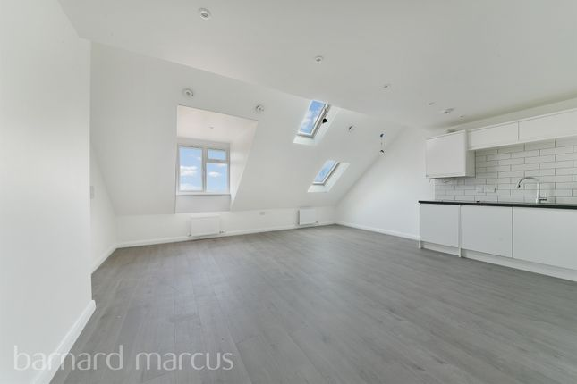 Thumbnail Flat for sale in Stafford Road, Wallington