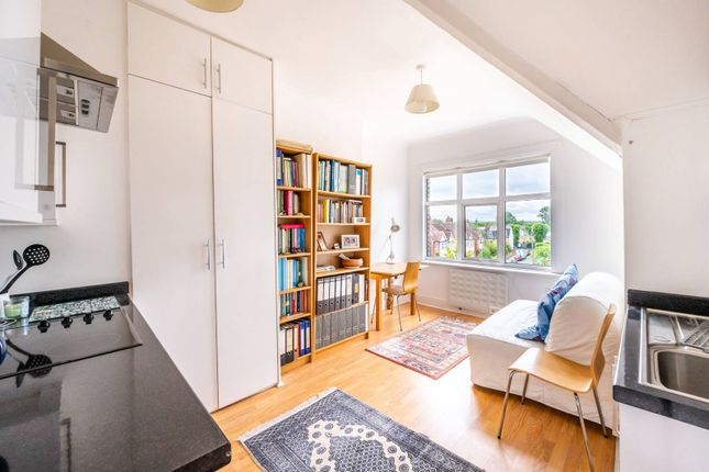 Studio for sale in Westwell Road, Streatham Common, London SW16