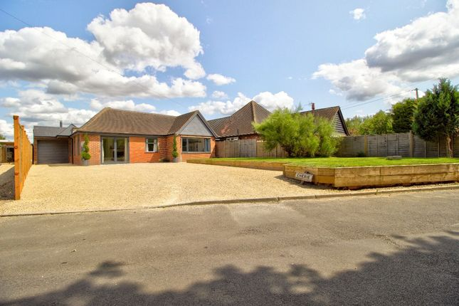 Thumbnail Bungalow for sale in Cherry Garden Lane, Littlewick Green, Maidenhead