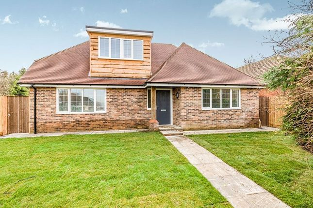 Thumbnail Bungalow for sale in Romany Court Romany Road, Gillingham
