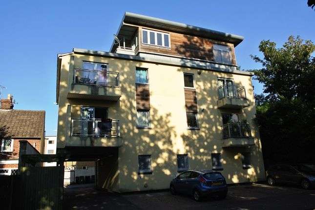 Thumbnail Flat for sale in Orchard Close, Maidstone