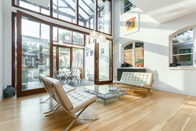 Thumbnail Mews house for sale in Kirkwood Road, London