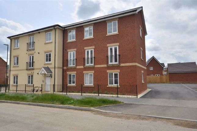 Thumbnail Flat for sale in 21 Bowthorpe Drive, Brockworth, Gloucester