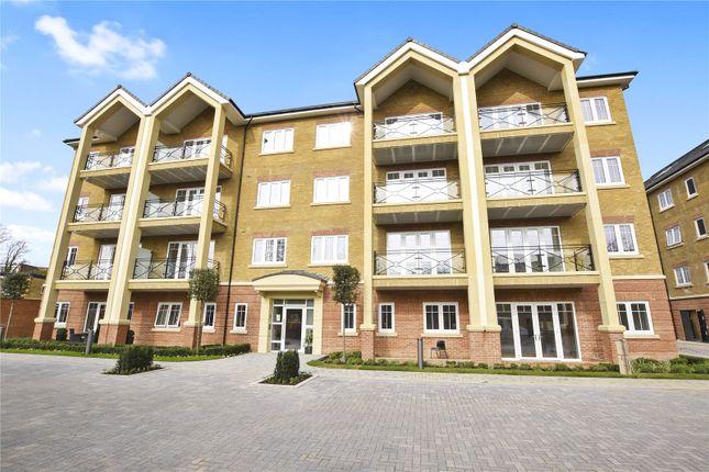 Thumbnail Flat to rent in Heron Lodge, Wharf Lane, Rickmansworth, Hertfordshire