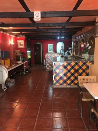 Thumbnail Pub/bar for sale in Los Boliches, Fuengirola, Málaga, Andalusia, Spain