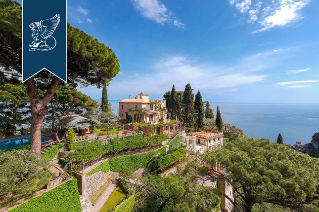 Thumbnail Villa for sale in Amalfi, Salerno, Campania