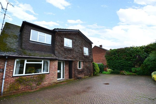 Thumbnail Detached house to rent in Binfield Road, Bracknell, Berkshire