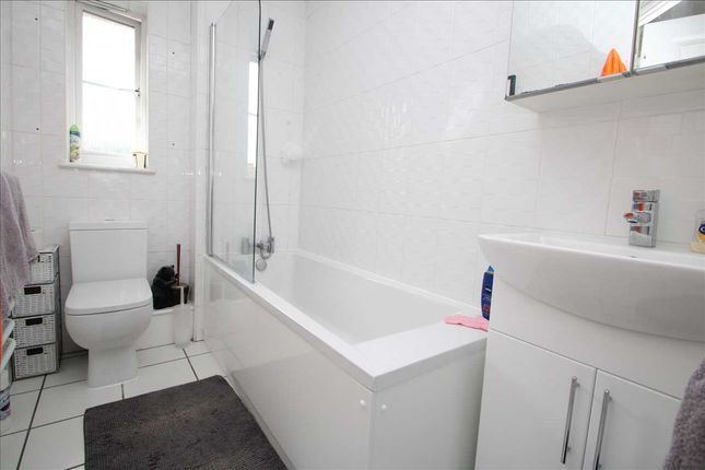 Bathroom of Bradford Drive, Colchester CO4