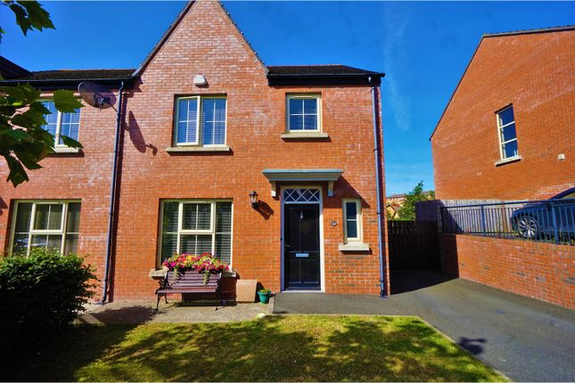 Thumbnail Town house for sale in Coopers Mill Avenue, Dundonald