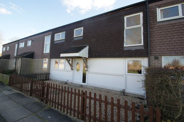 Thumbnail Room to rent in Pilgrims Way, Andover