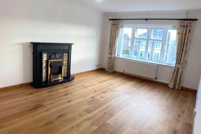 Thumbnail Flat to rent in Newton, Porthcawl