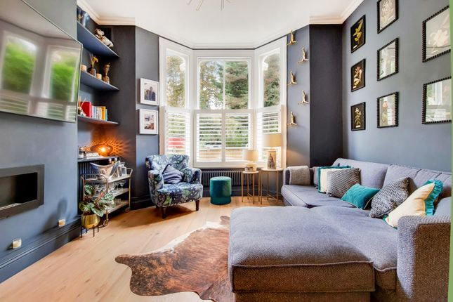 3 bed flat for sale in Josephine Avenue, Brixton, London SW2