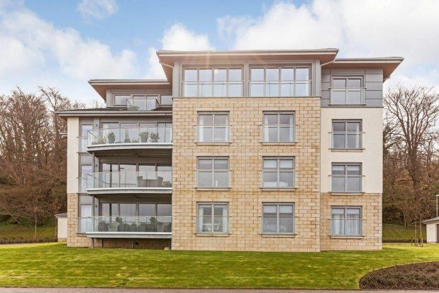 2 bed penthouse to rent in Cloch Road, Gourock PA19