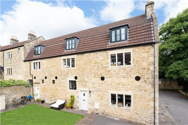 Thumbnail Semi-detached house for sale in Sutcliffe House, Weymouth Street, Bath