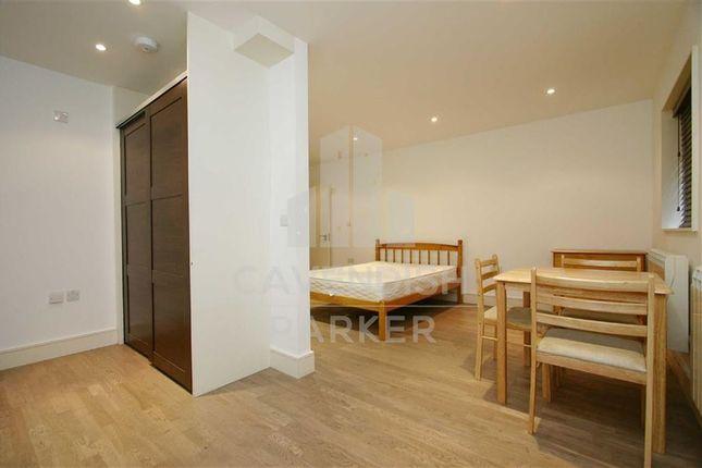 Thumbnail Mews house to rent in Church Terrace, Hendon, London
