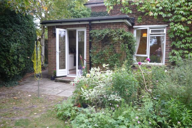 Thumbnail Studio to rent in Ranvilles Lane, Stubbington, Fareham