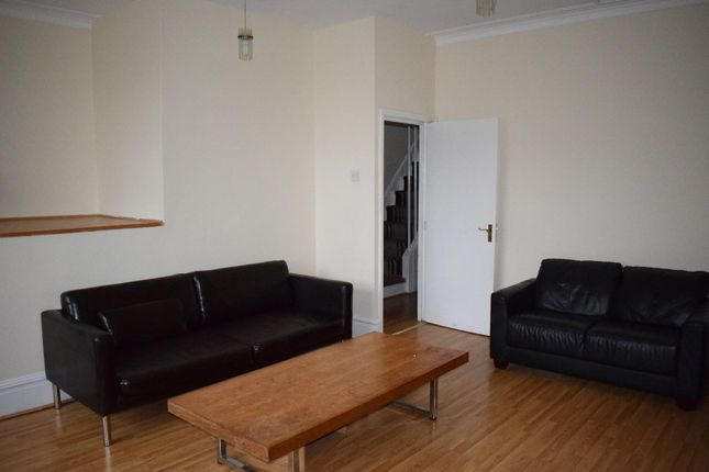 Thumbnail Flat to rent in 262 Upper Chorlton Road, Whalley Range, Manchester