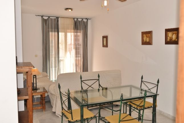 2 bed apartment for sale in Calle Castillo, Fuengirola, Málaga, Andalusia, Spain