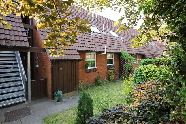 Thumbnail Flat for sale in Cavendish Close, Old Hall, Warrington