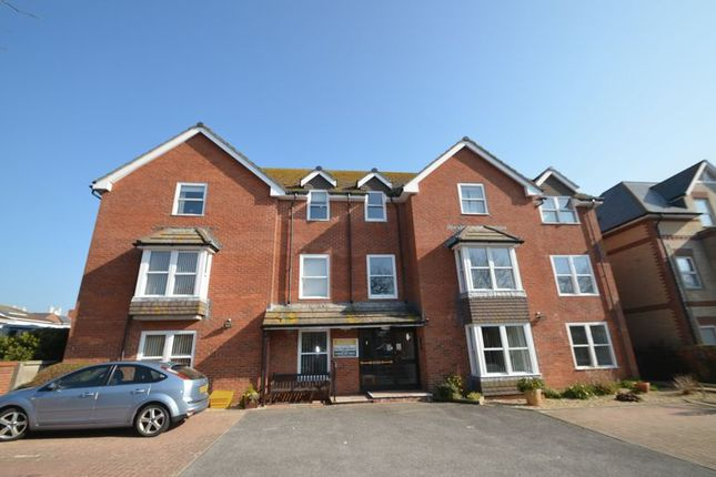 Thumbnail Property for sale in First Floor Retirement Apartment (With Lift), Grosvenor Road, Weymouth