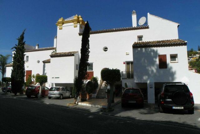 3 bed apartment for sale in Spain, Málaga, Benahavís, La Quinta Golf