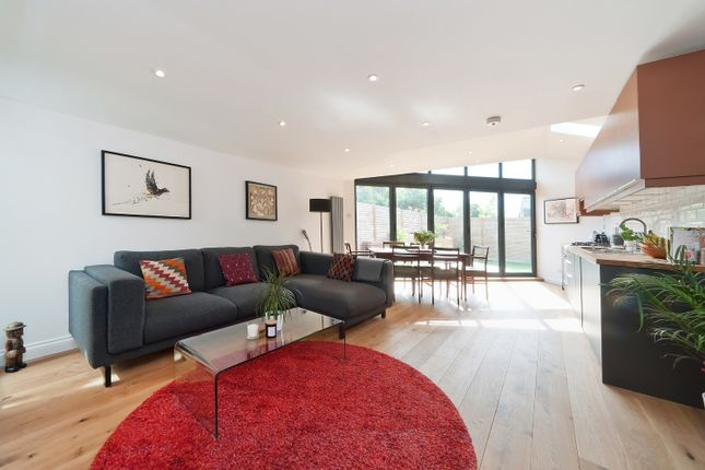Thumbnail Flat for sale in St Johns Road, Penge