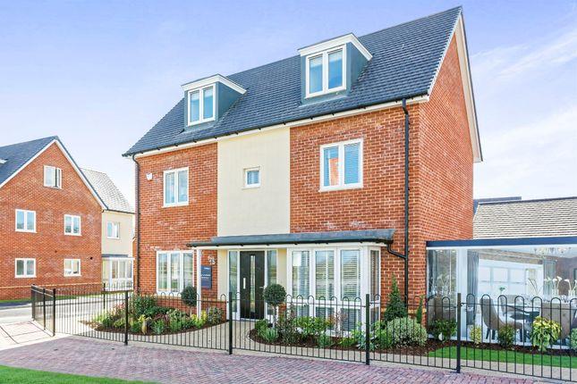 Thumbnail Detached house for sale in Broadmere Road, Beggarwood, Basingstoke