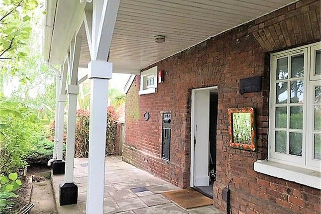 Thumbnail Semi-detached bungalow to rent in The Guardhouse, Horseguards, Exeter, Devon