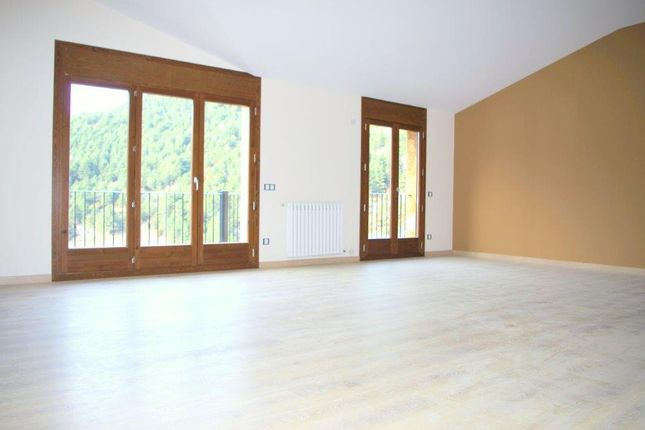 4 bed apartment for sale in Els Oriosos, Anyós, Andorra