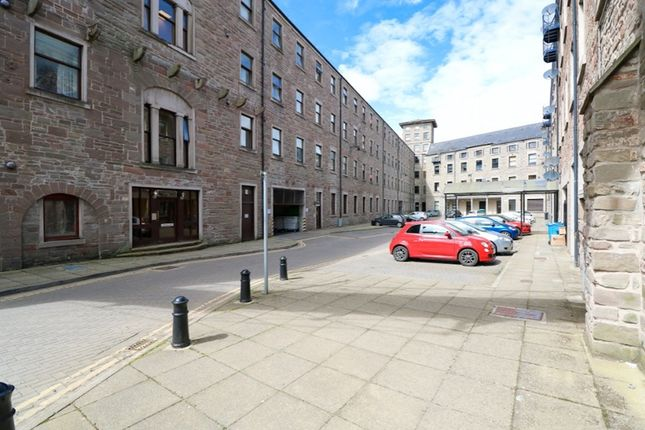 Thumbnail Flat to rent in Pleasance Court, West End, Dundee