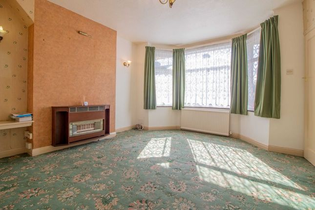 Living Room of Barrydale Avenue, Beeston, Nottingham NG9