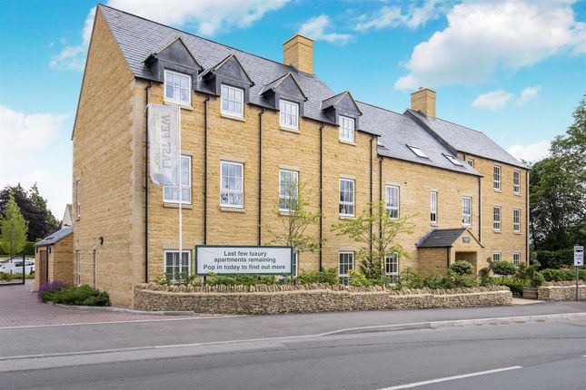 Thumbnail Flat for sale in Willoughby Place, Station Road, Bourton-On-The-Water, Cheltenham, Gloucestershire