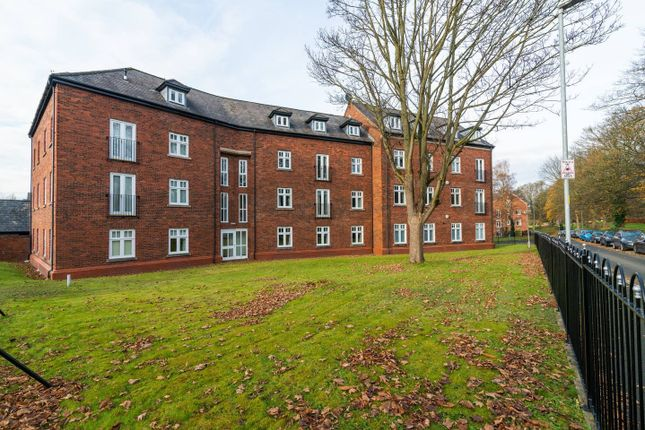 Thumbnail Flat to rent in Eastgate, Macclesfield
