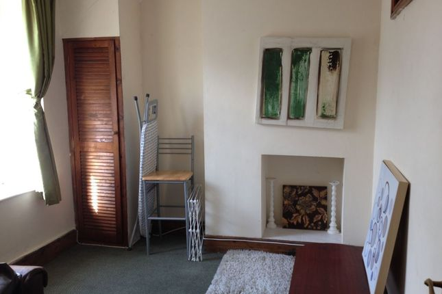 Thumbnail Flat to rent in Llantwit Street, Cathays, Cardiff CF24, Cardiff,