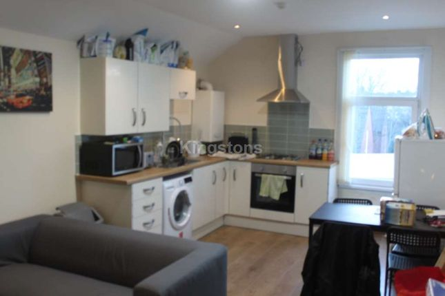 Thumbnail Flat to rent in Mackintosh Place, Cardiff