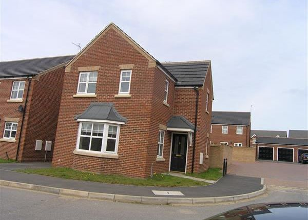Thumbnail Detached house to rent in Woodcross Avenue, Scunthorpe