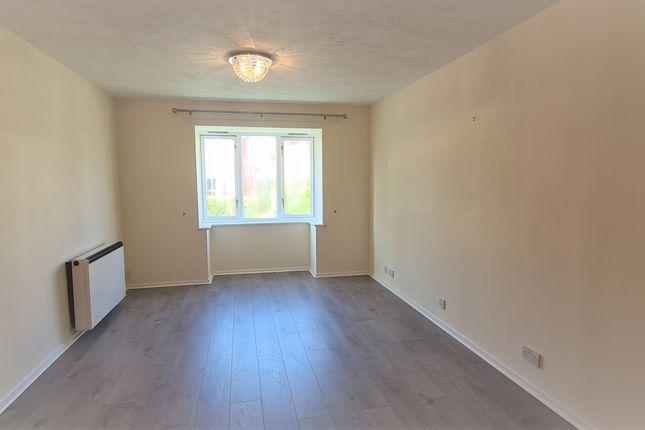 Thumbnail Flat to rent in Botany Close, New Barnet, Barnet