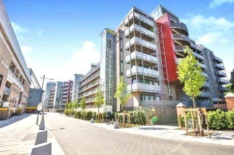 Main Building of Studio Apartment, Ashman Bank, Geoffrey Watling Way, Norwich NR1